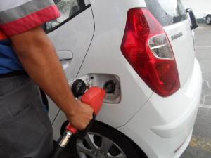 La mayoría de los autos requieren un combustible de octanaje mayor a 95